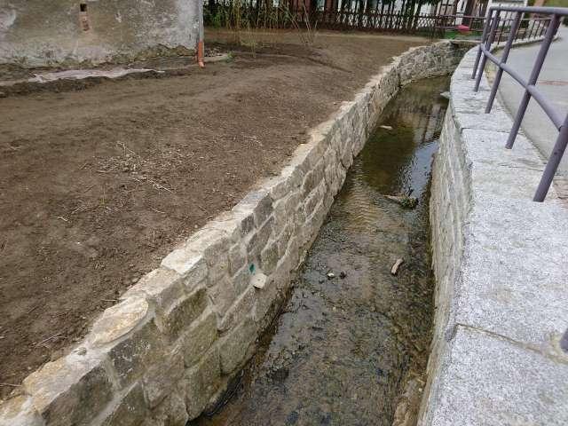 Schadenbeseitigung des Hochwassers von 2013 in Ebersbach- Neugersdorf - Sanierte Stützmauer