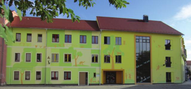 Innerstädtische Kita Zittau - Fassadengestaltung Straßenfassade