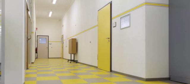Schliebenschule Zittau - Fortgeführtes Farbkonzept im Anbau