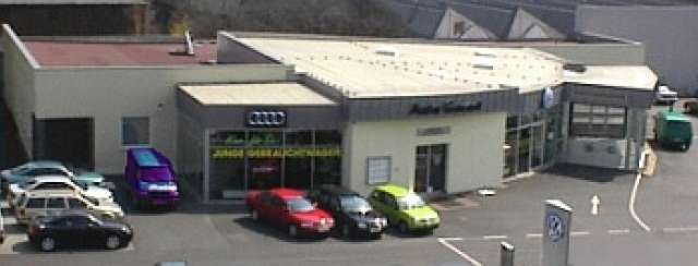Gewerbebauten - Autohaus Garant