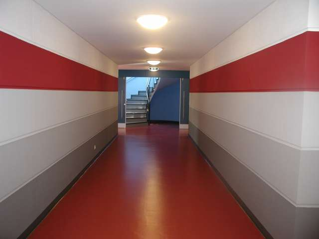 Dreifeldhalle mit Tribüne, Zittau - Zum Tribünenaufgang