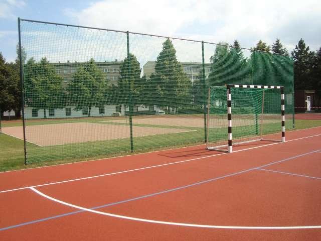 Sport- und Freizeitzentrum Zittau - Kleinfeld mit Ballfangnetzen