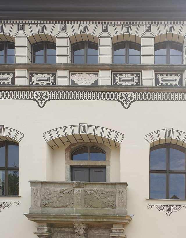 Kyaw`sches Schloss Hainewalde - Nordfassade mit saniertem Balkon